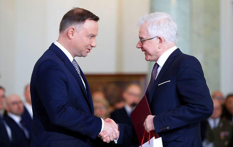 Jacek Czaputowiczas, naujasis Lenkijos užsienio reikalų ministras, ir prezidentas Andzejus Duda. Kacpero Pempelo (Reuters / Scanpix) nuotr.