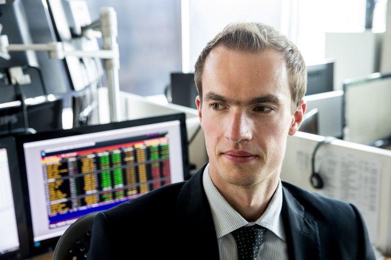 """Donatas Šetikas, UAB FMĮ """"Orion Securities"""" finansų makleris. Juditos Grigelytės (VŽ) nuotr."""