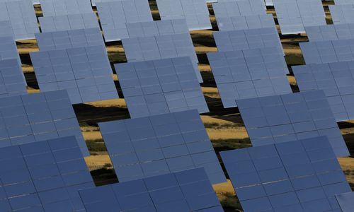 34.000 saulės elektrinių realybė ir miražai
