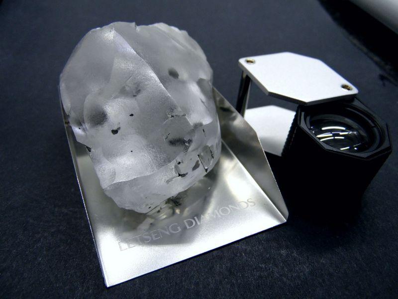 """910 karatų deimantas. """"Gem Diamonds Ltd."""" nuotr."""