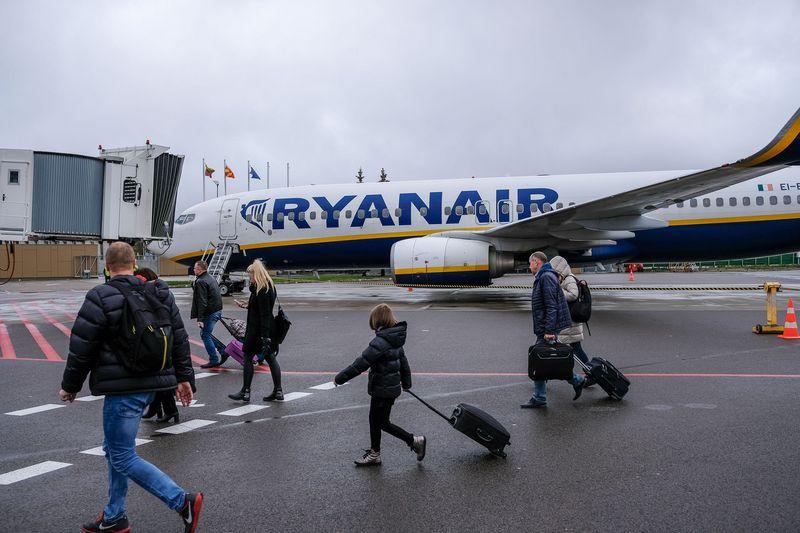 """Airijos pigių skrydžių oro linjų bendrovė """"Ryanair"""" keičia bagažo politiką. Vladimiro Ivanovo (VŽ) nuotr."""