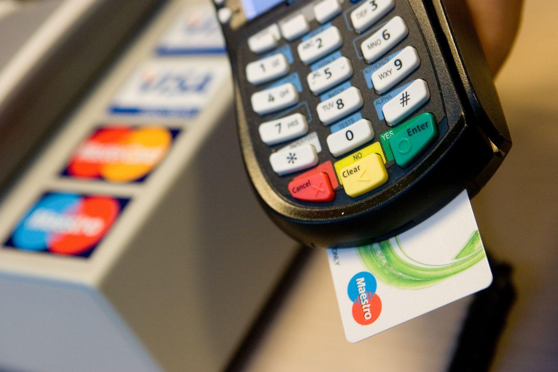 Prekybininkai nebegalės piktnaudžiauti pinigų rezervacija