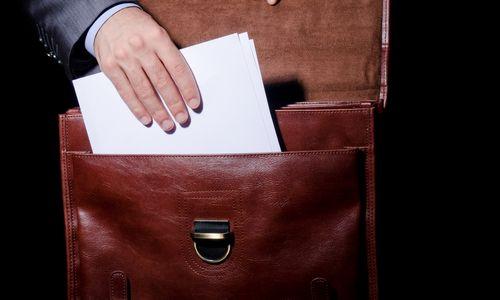 Žvalgybos pareigūnams planuojama trečdaliu pakelti algas