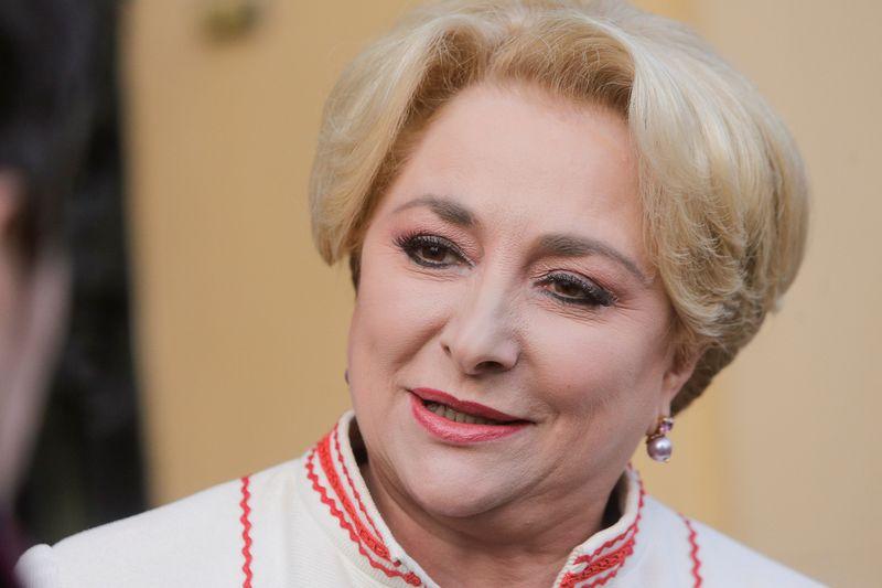 "Rumunijos premjerė Viorica Dancila. George'o Calino (""Reuters"" / ""Scanpix"") nuotr."
