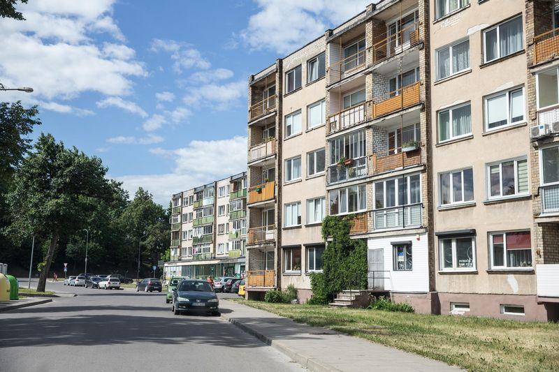 Kėdainiuose šiemet bus pradėta didelė daugiabučių gyvenamųjų namų renovacijos programa. Juditos Grigelytės (VŽ) nuotr.