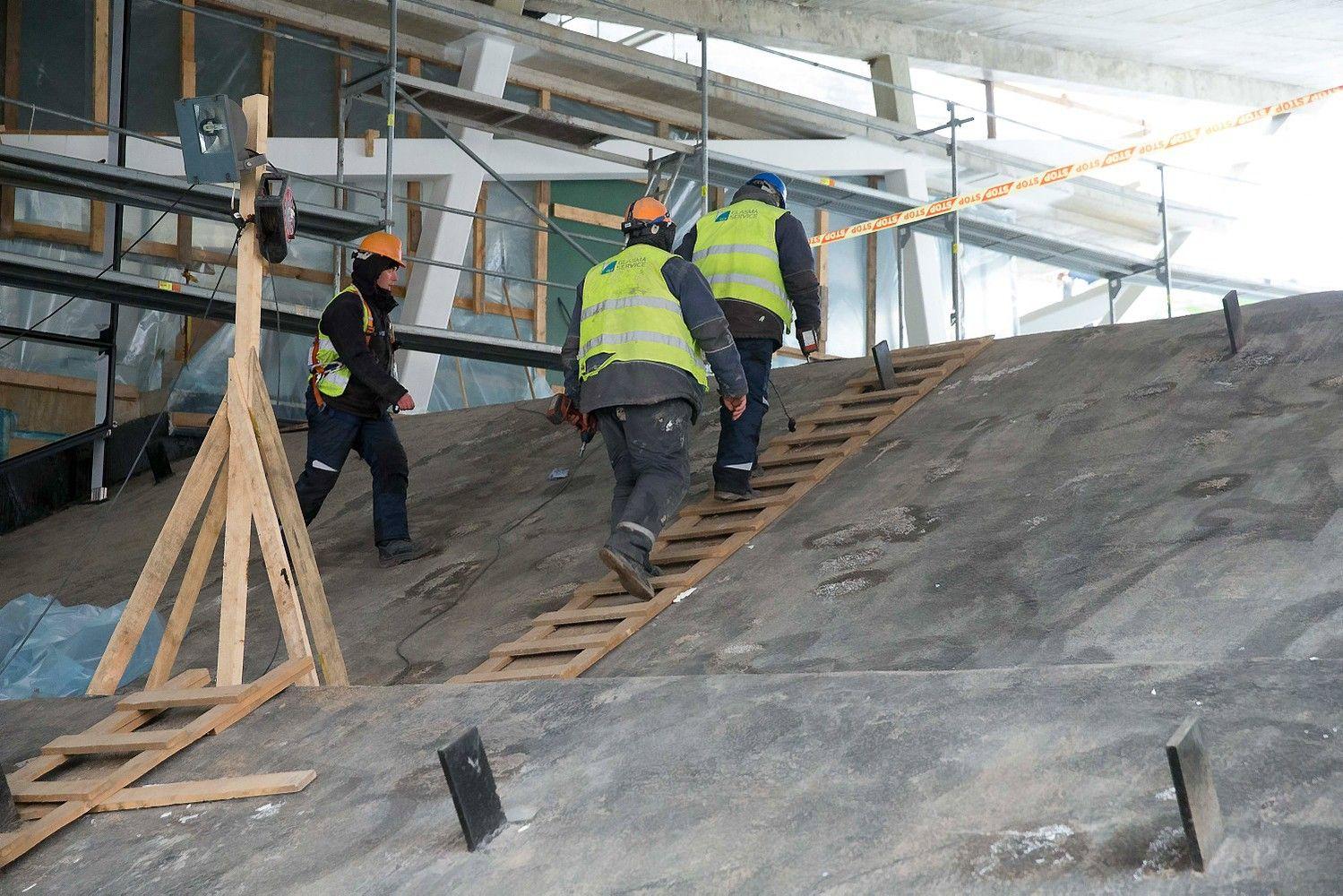 Statybų sąnaudos didėja: darbo užmokestis išaugo 11%
