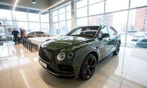 "Lietuvos rinkos poreikį prabangiems automobiliams papildo ""Bentley"""