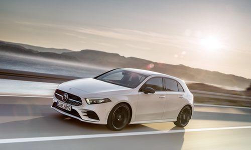 """Naujasis mažiausias """"Mercedes"""" modelis nenori atrodyti mažas"""