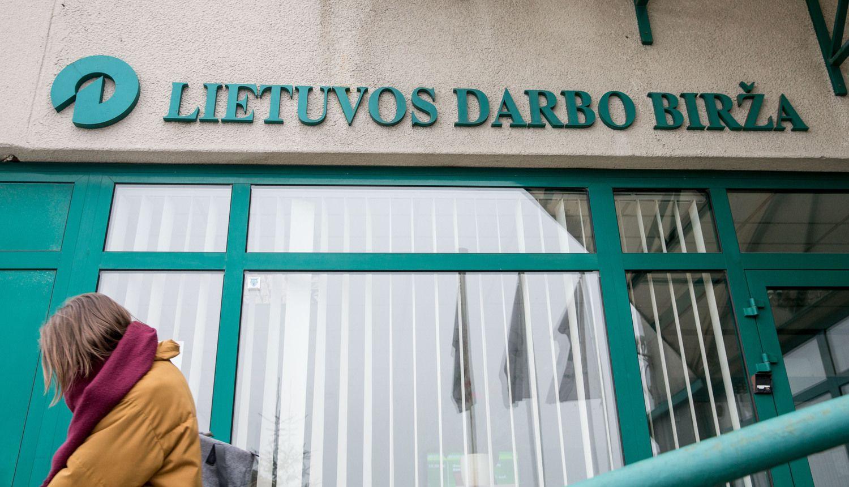 Pernai metų gale Lietuvoje padaugėjo bedarbių