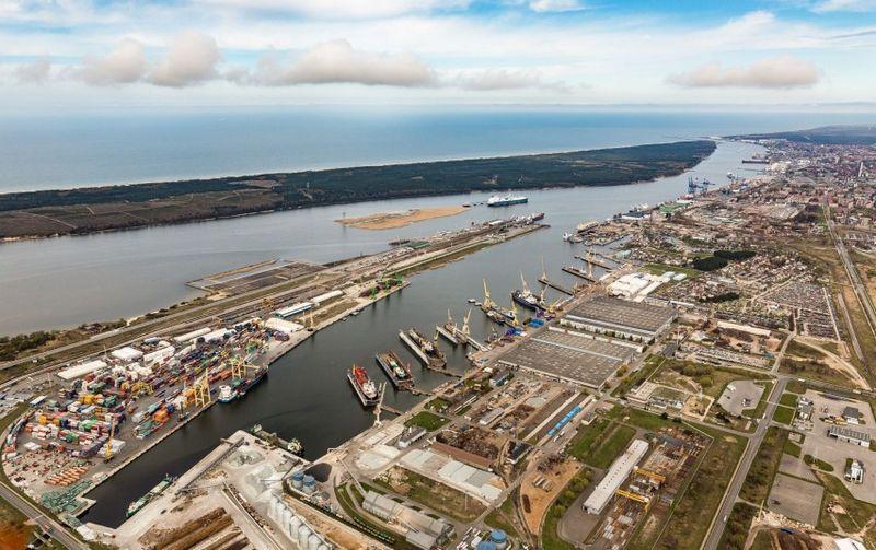 Klaipėdos uoste bus pradėti uosto krovos bendrovių ilgai laukti Malkų įlankos gilinimo darbai. Susisiekimo ministerijos nuotr.