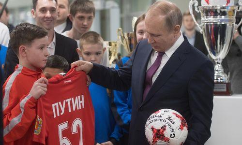 Rusijos prezidentas neatlaikė žiemos – persišaldė