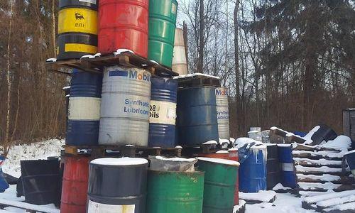 Aptiko 100 t nelegaliai tvarkomų pavojingų atliekų
