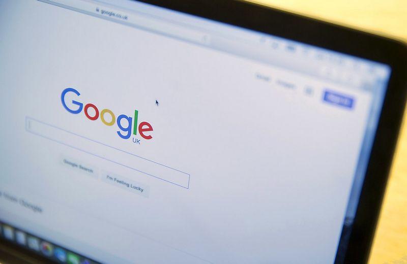 """Vien asmeniniams kompiuteriams skirtų interneto naršyklių kategorijoje """"Chrome"""" užima apie 56% rinkos. Neilo Hallo (""""Scanpix""""/""""Reuters"""") nuotr."""