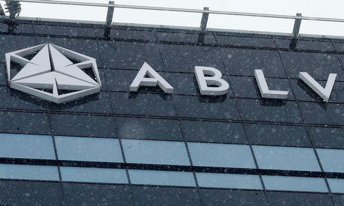 """Latvijaapribojo """"ABLV Bank"""" operacijas, bankas gavo 97,5 mln. paskolą"""