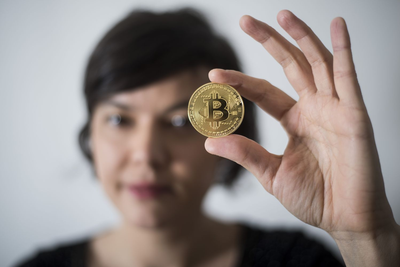 Bitkoinas vėl augina raumenis