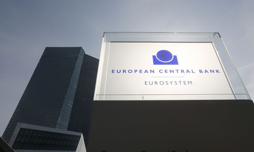 ECB posėdžio išklotinės rodo nerimą dėl valiutų karų