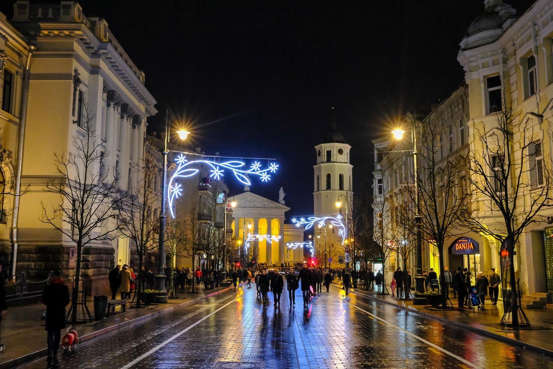 Vilniuje gausėja turistų – padėjo ir Kalėdų eglutė