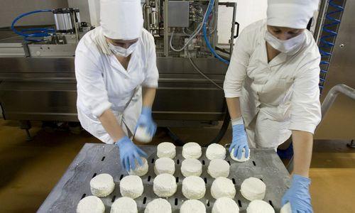Rusija uždraudžiabaltarusiškų pieno produktų importą