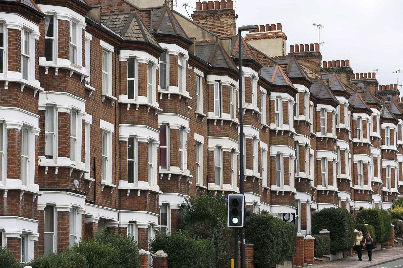 Londono būstų rinka lėtina apsukas