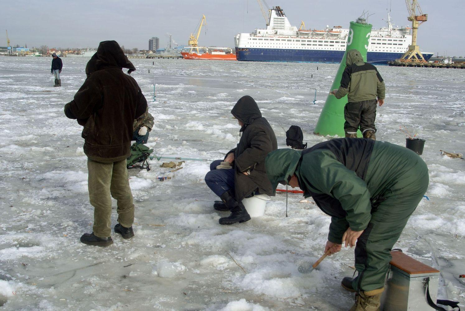 Tekstilininkai dėl šalčių trina rankomis: tikisi gerų užsakymų kitai žiemai