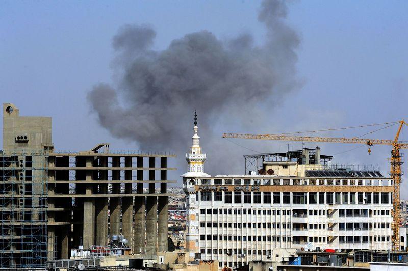 """Sirijos Rytų Gutos anklave - režimo antpuoliai. Ammar Safarjalani (SIPA / """"Scanpix"""") nuotr."""