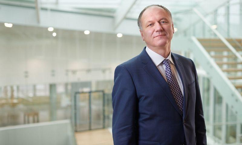 """Dainius Pupkevičius, audito, mokesčių ir konsultavimo paslaugų UAB """"KPMG Baltics"""" patarėjas, sako, kad vis mažiau jaunų specialistų savo profesinę veiklą tapatina su konkrečia darbo vieta."""