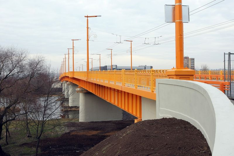 Rekonstruotas transporto mazgas leistų sumažinti transporto kamščius ant Kauno Vilijampoles tilto ir jo prieigose. Roberto Misiukonio nuotr.