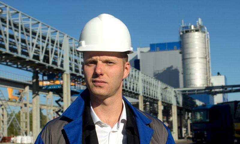 """Paulius Ambrazaitis, """"Polymers Trading International AG"""" ir UAB """"Neo Group"""" vadovas.Algimanto Kalvaič"""
