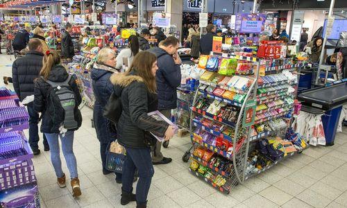 Prekybininkai bando naujus mobiliųjų mokėjimų produktus