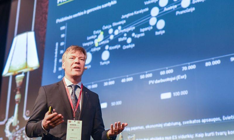 Linas Dičpetris, Profesinių paslaugų bendrovės EY partneris. Ryčio Galadausko (VŽ) nuotr.