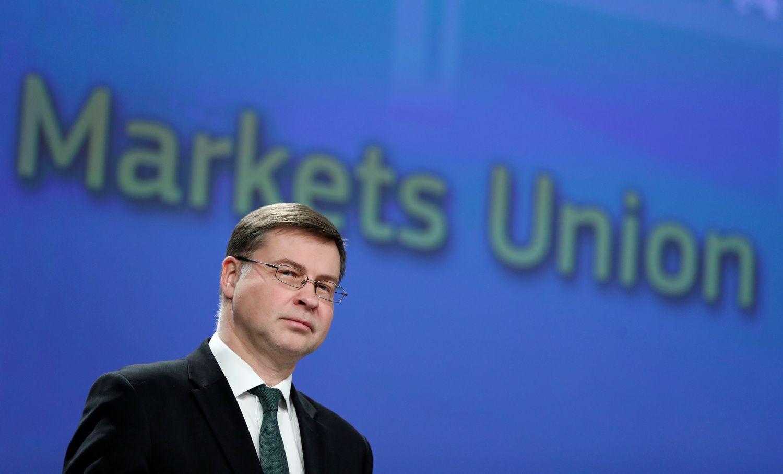 EK kloja pagrindą finansų startuolių ir sutelktinio finansavimo platformų plėtrai