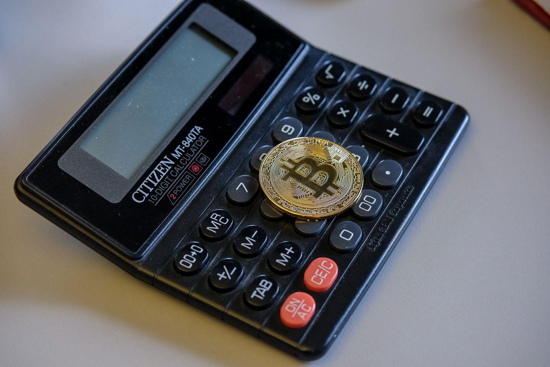 Bitkoinas nebekainuoja 9.000 USD