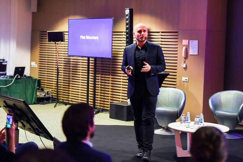 """Tomas Okmanas, IT UAB """"Tesonet"""" vienas įkūrėjų, sako, kad tik talentingiausi specialistai gali sukurti geriausius produktus. Ryčio Galadausko nuotr."""