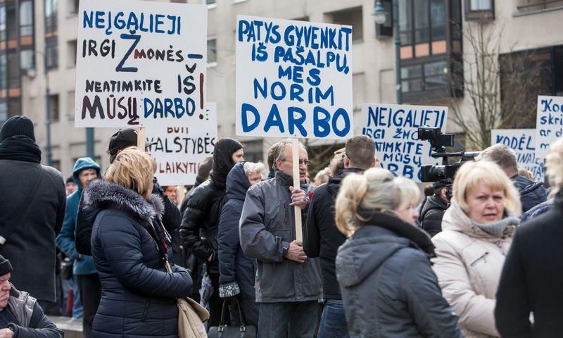 Neįgaliųjų mitingas prie Seimo Vilniuje. Juditos Grigelytės (VŽ) nuotr.