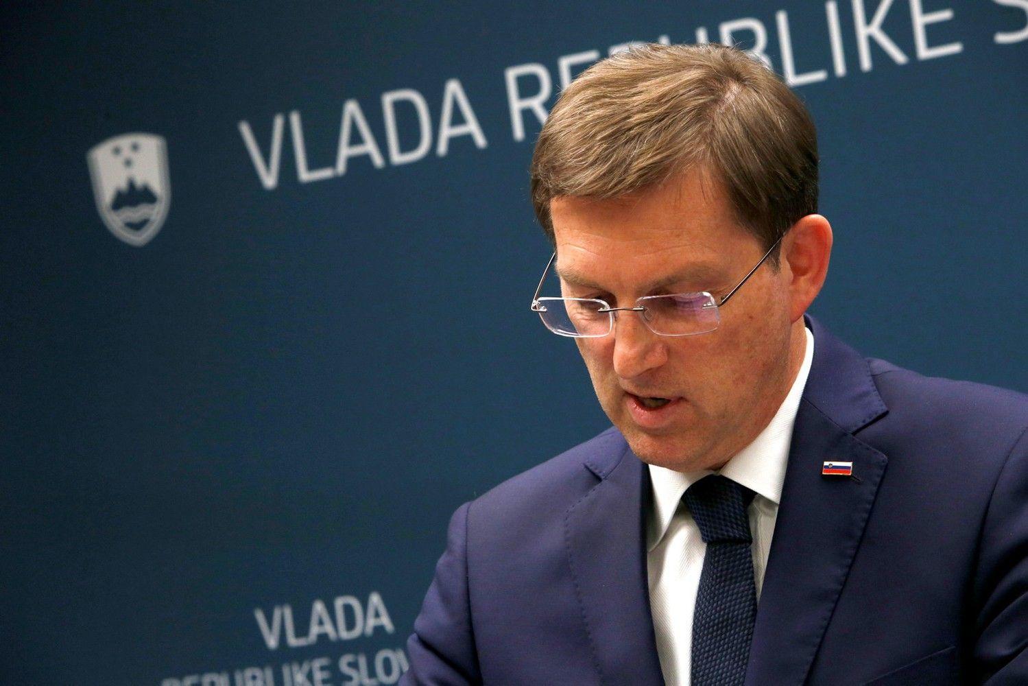 Po mokytojų streikų ir nepalankausteismo sprendimo žlugo Slovėnijos vyriausybė