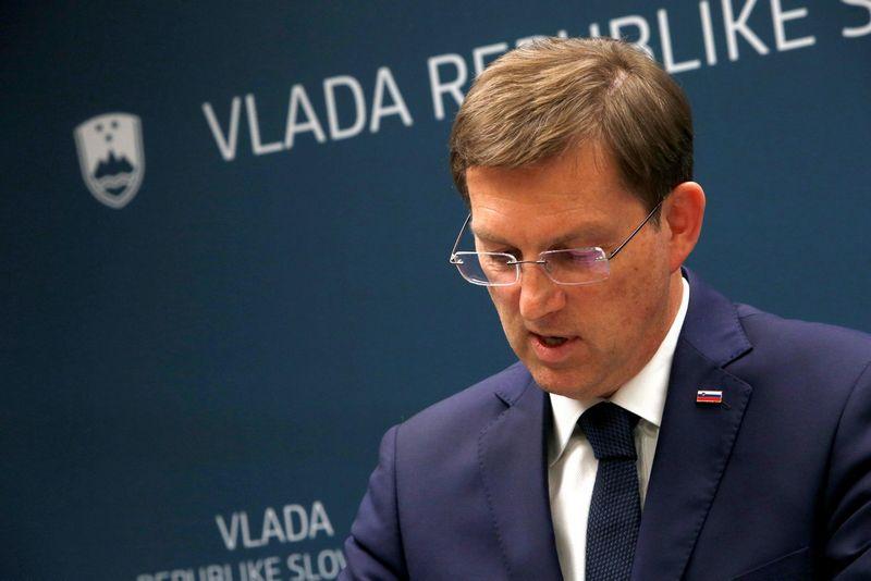 Miro Ceraras, postą paliekantis Slovėnijos ministras pirmininkas. Boruto Zivulovičiaus (Reuters / Scanpix) nuotr.