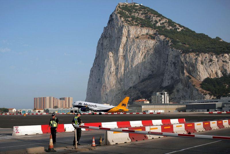 Gibraltaro oro uostas. Jono Nazca (Reuters / Scanpix) nuotr.