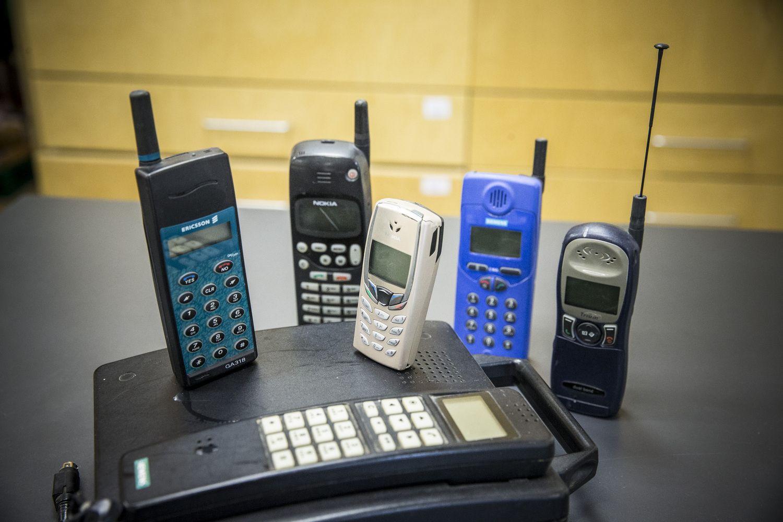 Prieš 23 metus Lietuvoje atliktas pirmas skambutis mobiliuoju ryšiu