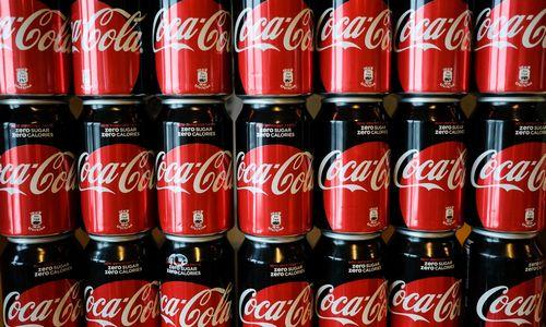 """""""Norfa"""" ir """"Coca-Cola"""" vėl susikibo dėl kainų"""