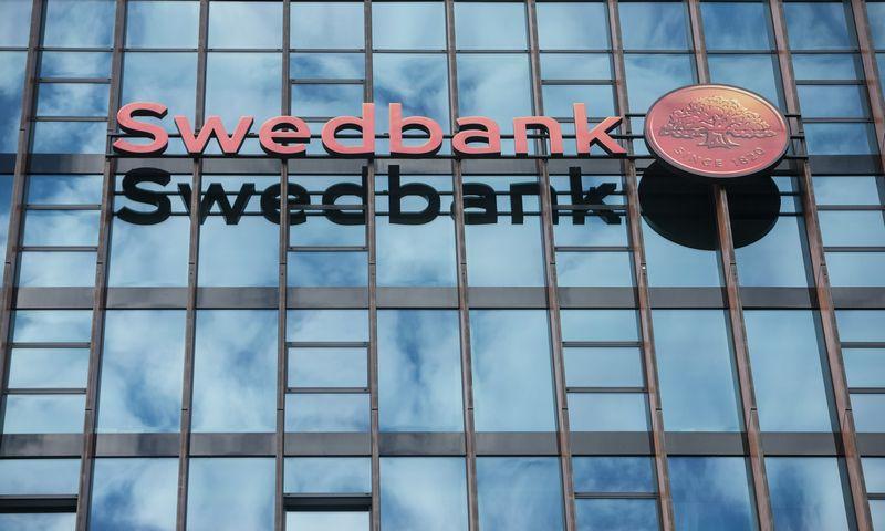 """""""Swedbank"""" tikisi šiemet didinti su verslu sudaromų automobilių lizingo sutarčių apimtį. Juditos Grigelytės (VŽ) nuotr."""