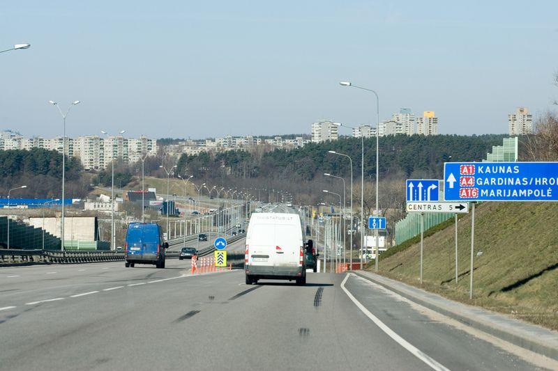 Vilniaus pietinis aplinkkelis. Vladimiro Ivanovo (VŽ) nuotr.
