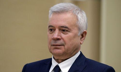 """Alekperovas apie testamentą: """"Lukoil"""" akcijų išskaidyti neleisiu"""
