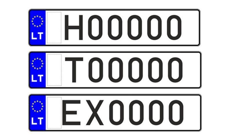 """Istorinių (viršuje) ir taksi (viduryje) automobilių numeriai bus balti, o apačioje – elektromobilio arba iš tinklo įkraunamo hibrido naujo numerio pavyzdys. """"Regitros"""" pav."""