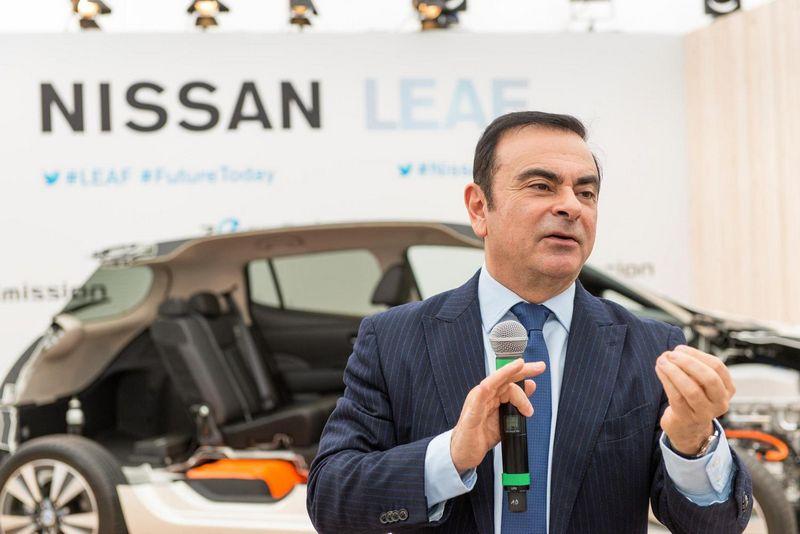 """Pasak gandų, deryboms vadovauja """"Renault-Nissan"""" aljanso vadovas Carlosas Ghosnas. """"Newspress"""" nuotr."""