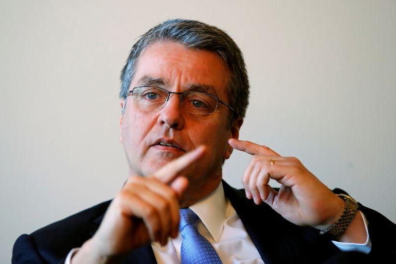 """Roberto Azevedo, PPO generalinis direktorius, teigia, kad didelio masto prekybos konfliktas reikštų pasaulinės ekonomikos atsigavimo pabaigą. Deniso Balibouse'o (""""Reuters"""" / """"Scanpix"""") nuotr."""
