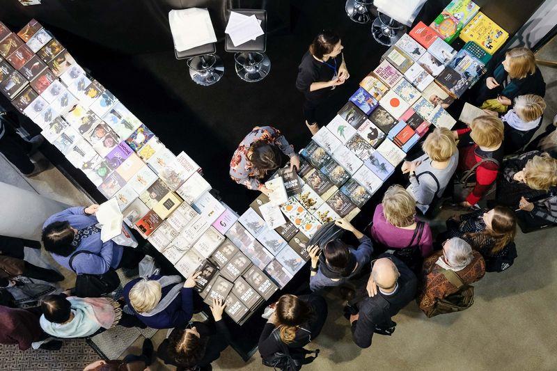 Kodėl būtinai knygas reikia pirkti tik tas keturias dienas? Vladimiro Ivanovo (VŽ) nuotr.