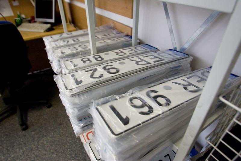 VRM skelbia apie atpigintus valstybinius automobilių numerius. Vladimiro Ivanovo (VŽ) nuotr.