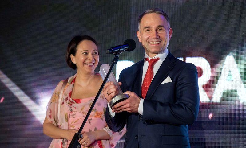 """Petras Masiulis, IT UAB """"Tele2"""" generalinis direktorius su žmona Alanta. Juditos Grigelytės (VŽ)"""