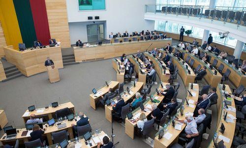 Opozicijos atstovai Vyriausybei rašo šešetą