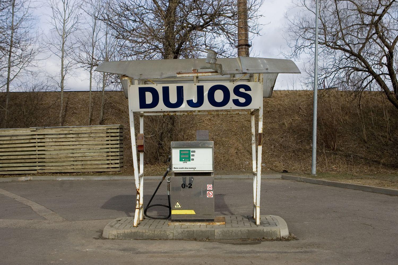 Latviai sukūrė įrenginį, leidžiantį pripildyti automobilio dujų talpą namuose